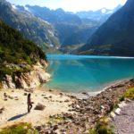 Conheça o funicular Gelmerbahn e o lago Gelmersee, na Suíça