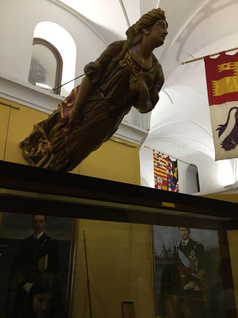 Museu naval na Torre del Oro, em Sevilha